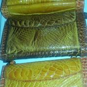 Dompet Kulit Buaya Asli Papua