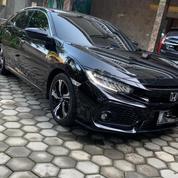 Honda Civic 1.5 TC E CVT 2017/2018 Facelift Hatchback (19747231) di Kota Semarang