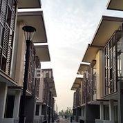 Rumah 3 Lantai Di NOTREDAM WISATA BUKIT MAS, Surabaya (19835451) di Kota Surabaya