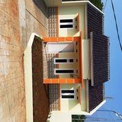 Rumah Ready Stok Dekat Kolam Renang Dan Volley Ball (19941023) di Kota Depok