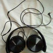 Headphone Sony Hitam