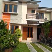 Rumah 2 Lantai Di Kademangan, Setu, Tangerang Selatan (19979499) di Kota Tangerang Selatan