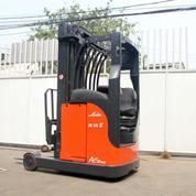 Forklift Linde Elektrik Reach Truck ( Bekas )