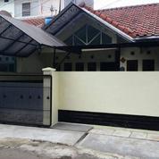Rumah Cantik Di Bulevard Hijau Harapan Indah (20077183) di Kab. Bekasi