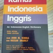 Kamus Indonesia Inggris 3rd Edition + Sampul