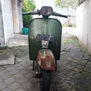 Motor Vespa Sehat Murah (20123671) di Kota Surakarta