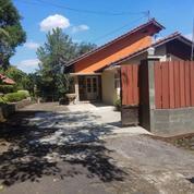Rumah Siap Huni Berkonsep VILLA Di Banyumanik (20140759) di Kota Semarang