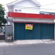 DI SEWAKAN TOKO / KIOS Daerah Condet Batu Ampar Pinggir Jalan Raya Lokasi Strategis (20184527) di Kota Jakarta Timur