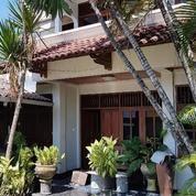 Rumah Bagus Dgn Musholla 605 M2, Kerten, Laweyan, Surakarta (20243287) di Kota Surakarta