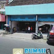 Toko Bangunan Plus Gudang Masih Aktif - Tempat Strategis Dan Prospek (20251023) di Kota Semarang