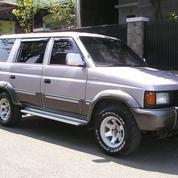 Isuzu Panther 1996 Perak Metalik - Orisinal Dan Perawatan Apik (20251979) di Kota Bandung