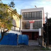 Ruko 3 Lantai Cocok Untuk Dealer Motor , Lokasi Strategis Nol Jalan Raya Larangan - The EdGe Bubutan