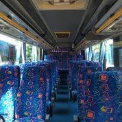 Medium Bus Dan Hiace