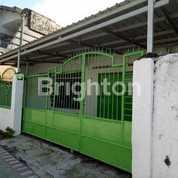 RUMAH TENGAH KOTA DI KEDUNG KLINTER SURABAYA (20445651) di Kota Surabaya