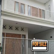#M06015 Modern Minimalist House At Puri Asri Pakuwon City 2FLOOR HGB Ready To Stay (20614527) di Kota Surabaya