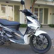 Sepeda Motor Skywave 2010 Surat-2 Lengkap Pajak Hidup (20665783) di Kota Surabaya
