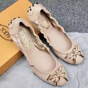Woman Flat Shoes TOD'S (20675787) di Kota Jakarta Selatan