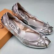 Woman Flat Shoes TOD'SS (20676007) di Kota Jakarta Selatan