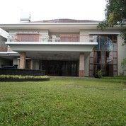 Rumah Lux Ada Kolam Renang Bandung Utara, Security 24jam (20698539) di Kota Bandung