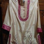 Baju Blous Cantik Warna Krem (20705843) di Kota Bekasi