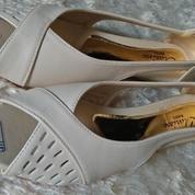 {NEW} Clarisse Flat Shoes (20757379) di Kota Surabaya