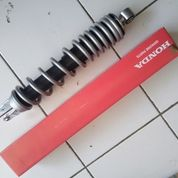 Shockbreaker Skok Belakang Warna Silver K16 Scoopy Fi PnP Beat Vario Original AHM