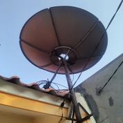Parabola Venus Termasuk LNB Di Boulevard Hijau Harapan Indah (20843579) di Kab. Bekasi