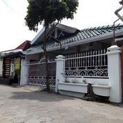 Rumah Induk Dan Kost Demangan Dekat UGM (20861799) di Kota Yogyakarta