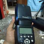 Flash Yongnou Speedlite YN560 IV