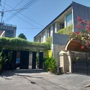 Rumah Cantik 2 Lantai Manyar Kertoarjo (20879467) di Kota Surabaya