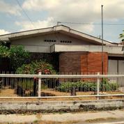 Rumah Strategis Tengah Kota Jl Srigunting Surakarta
