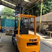 FORKLIFT TCM 2,5 TON (20904755) di Kota Jakarta Timur