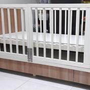 Box Ranjang Bayi Kayu Jati Bekas