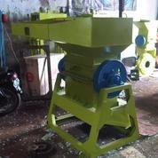 Mesin Penghacur Plastik Kapasitas 300 Kg Per Jam