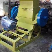 Mesin Penghancur Plastik Kapasitas 500 Kg Per Jam