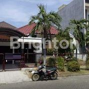 Rumah Nyaman Siap Huni Galaxy Bumi Permai (20963619) di Kota Surabaya