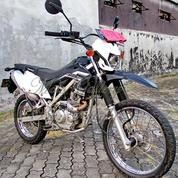 Kawasaki KLX 150 G Hitam Standar 2016