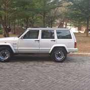 Cherokee Xj Limited 1994 Good Condition (21008511) di Kota Jakarta Selatan