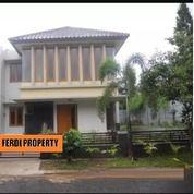 Rumah Di Citra Gran, Cluster Depan Dekat Kolam Renang (21018619) di Kota Jakarta Timur