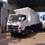Dumptruk Hino Ranger Surabaya (21020499) di Kota Surabaya