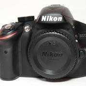 Nikon D3200 Body Only SC 2K Like New