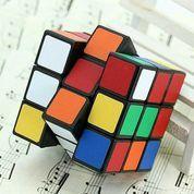 Rubik Kubus Rubick Mainan Edukasi Teka Teki Asah Otak Puzzle (21090183) di Kota Surabaya