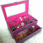 Wadah Aksesoris Jam Tangan / Perhiasan Gelang Praktis (21139035) di Kab. Sleman