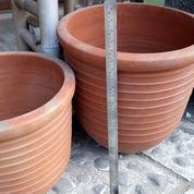 Pot Gerabah Terakota Cocok Untuk Tanaman Ibdah Anda (21189195) di Kab. Bantul