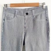 Celana Jeans Legging Import Salur (21189511) di Kota Surabaya
