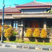 Rumah Mewah Arsitektur Bali Area Jogja Kota