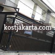 Sewa Kost Putri Di Bintaro Tangerang Selatan, Dekat STAN Kost Orange Mansion (21262435) di Kota Tangerang Selatan