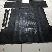 Karpet Karet Dalam Asli Ada Tulisan TROOPER (21298755) di Kota Jakarta Selatan