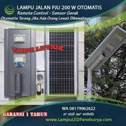 Lampu Jalan PJU Tenaga Surya All In One 200 Watt (21306279) di Kota Tangerang Selatan