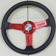 Stir Racing 13,5 Inchi Tengah Motif Carbon 3 Palang Datar Merah Universal (21316031) di Kota Jakarta Pusat